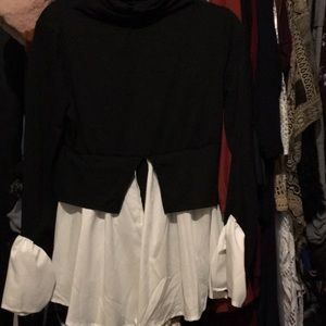 Bohemian style turtleneck blouse